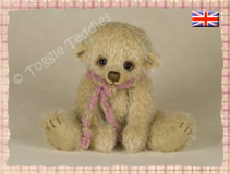 Bobbles lives in United Kingdom - Click the picture to see more of Bobbles!