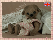 Elly lives in United Kingdom - Click the picture to see more of Elly!