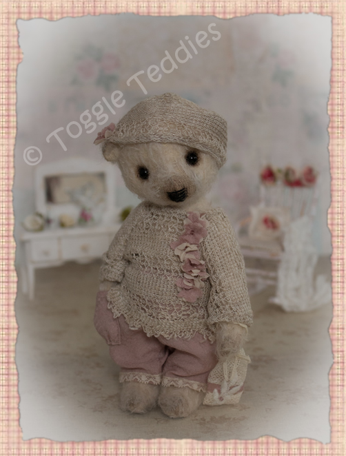 Click the picture to go back to Available Bears: Bronte's details